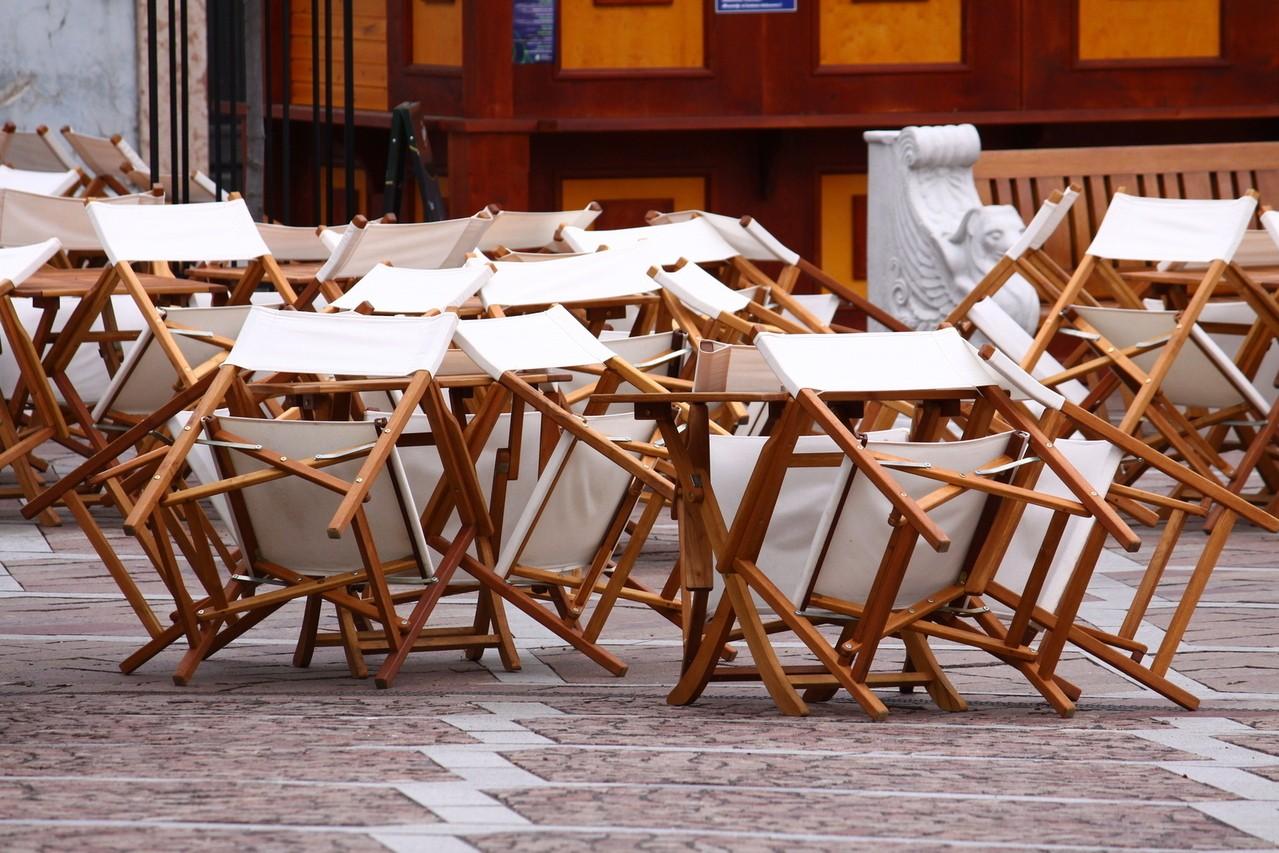 Nietypowe rozwiązania – stoły według własnego projektu